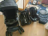 Graco Quattro Tour Deluxe Pushchair, Car Seat with base and removable carrycot