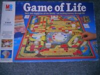 MB GAMES: GAME OF LIFE 1978 UK VERSION CLASSIC WITH INSTRUCTIONS