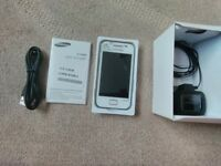 Samsung Galexy Ace white fluer' phone,with box,charger, instructions.sim free