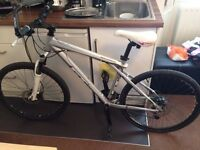 Mountain Bike - GT Avalanche 2,0