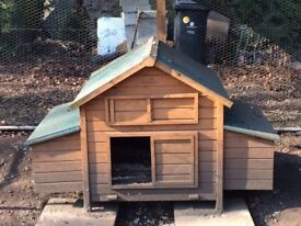 Large Chicken Coop Excellent Condition