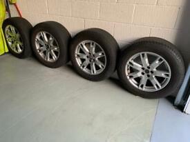 """Range Rover 18"""" Alloys & Pirelli Tyres"""