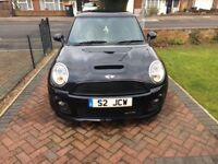 BMW. Mini JOHN COOPER WORKS with unique number plate. Immaculate condition