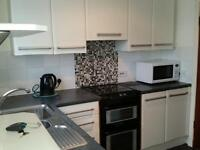1 bedroom semi-detached house with garage