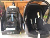 Maxi-cosi baby seat and isofix base