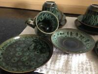 18 piece retro drip ware teaset