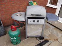 BBQ with side burner