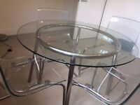 Salmi table with 4 chairs
