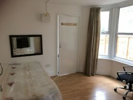 Beautiful Studio Flat with a Huge Private Garden