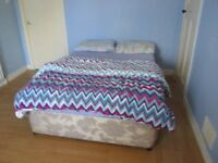 1 double bedroom in Spacious 2-bed flat - 7 minutes to Aberdeen University