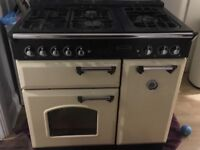 Rangemaster free standing cooker 90 cm. In good condition. Gas hob and electric oven. Grill.