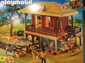 Playmobil Safari Wildlife Animal Care Station Set 4826