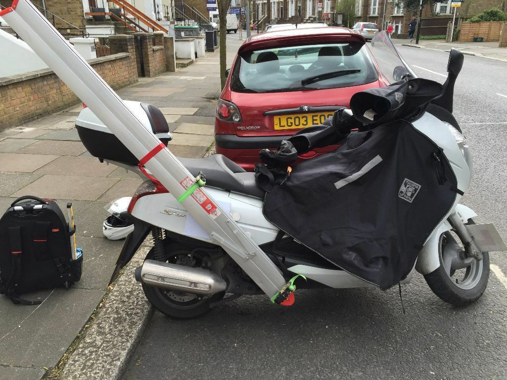 honda s wing 125 abs in paddington london gumtree. Black Bedroom Furniture Sets. Home Design Ideas