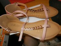 ladies pink sandals size 6 brand new