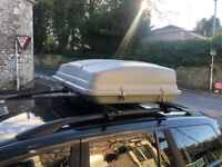 Karrite roof box with all trimmings
