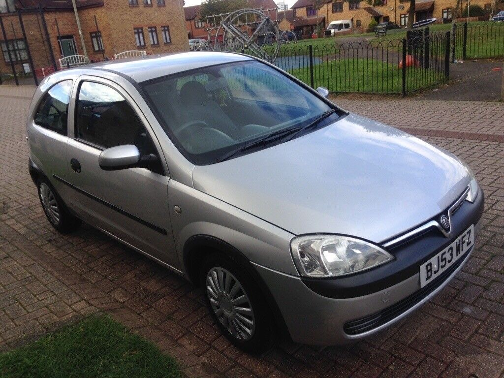 Quick sale wanted .973cc Vauxhall Corsa, Tax £11 MONTH !! £450 or near offer !