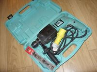Toolmaster PRO L919 110v SDS Hammer Power Drill with Case - Great Condition - Full Working Order