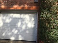 Fully automatic sectional garage door, white