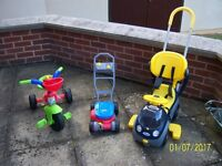 SELECTION OF OUT DOOR TOYS