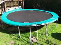 14 foot Trampoline. Very good condition.