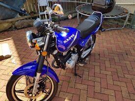 Sanya 125cc great little bike,runs and rides perfect.MOT JUL 18 5 SPEED MANUR EXCELLENT CONDITION.
