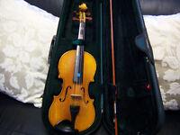 7/8 violin in good condition. violin bow and case