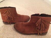 Girls size 1 Next boots