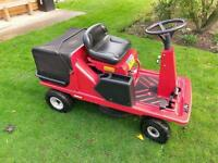 LAWNFITE RIDE ON LAWN MOWER excellent condition fully working just been serviced!