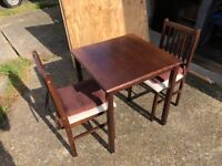 Table and 2 chairs - Free delivery