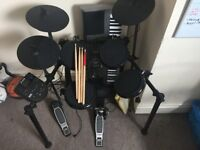 Electronic Drum Kit ALESIS NITRO - Very good condition.