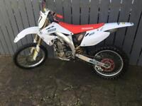 Honda crf 450 r excellent condition throughout for yeah ready to ride