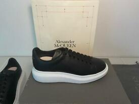 Alexander McQueen oversized sneakers Brand New UK 9