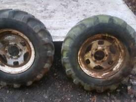 750-16 Dumper tyres off roading 4x4 on 6 stud steel wheels defender 90 110 disco
