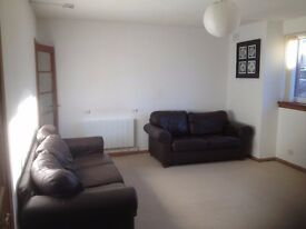 Excellent Two Bedroom, Furnished, DG, CH, Flat in Quiet Residential Area, Edin. South, EH10