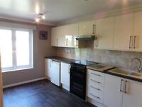 NO Agents Fees Immaculate unfurnished 2 bedroom maisonette with off road parking