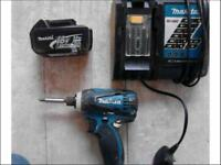 Makita LXT 18 V impact driver with charger and 2 batteries