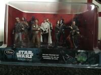 Star Wars deluxe figure set