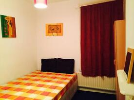 Nice and tidy double room available in Leyton £450 pcm bills include