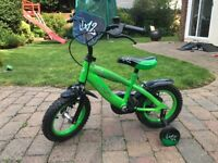 """Kids 12"""" green bike with stabilisers"""