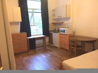 Large studio flat. ALL INCLUSIVE. Zone One