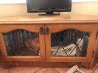 Corner tv unit. Upcycling project?