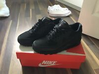 Black Nike air max brand new size 5