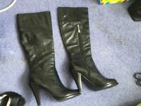 Guess ladies size 4 boots