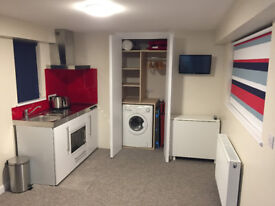 Self Contained Studio Apartment Available to Rent in Saltdean
