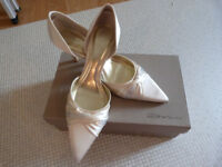 Bridal Wedding Ivory Shoes, size 5, Brand New in Box