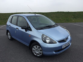 LOW MILEAGE HONDA JAZZ 1.4 i-DSI 5 DOOR HATCHBACK FULL SERVICE HISTORY AND A NEW 12 MONTHS MOT!