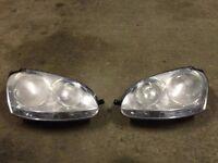 Volkswagen Golf Mk5 / Jetta Mk3 Headlights