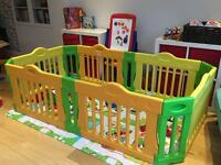 Play Pen large and great condition