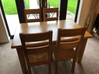 Dining Table and 4 Chairs - Solid Oak - Excellent Condition