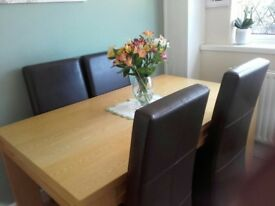 Dining Table & 6 chairs 5x3ft